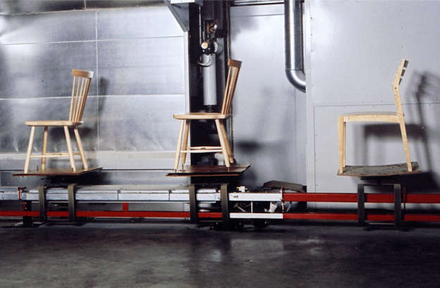 Convoynort - Floor conveyor - Chain of varnishing